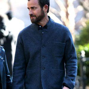 false-positive-justin-theroux-blazer